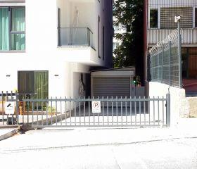 Deniz Apartment, Gayrettepe