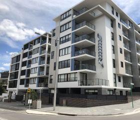 139 Bowden St, Meadowbank, Sydney, Avustralya, Parkolay PHP 220F, Konsol Tip Hidrolik Araç Lifti
